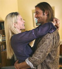 Lost: Picture of Sawyer and Juliet
